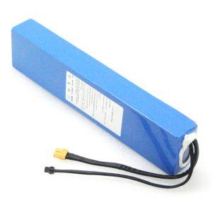 10S3P 36V / 3V 7.5Ah Kun profundaj ciklaj bateriaj baterioj litiaj jonoj reŝargeblaj Por Elektra Skotero