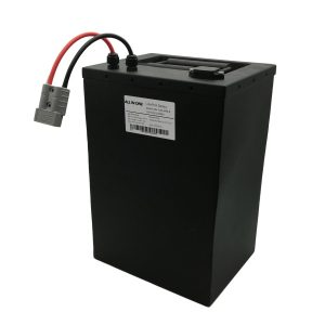 ĈIU EN UNO 72V40Ah prismata lifepo4-baterio por elektraj bicikloj