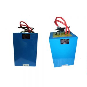 Reŝargebla Baterio LiFePO4 150AH 24V por suna / vento sistemo